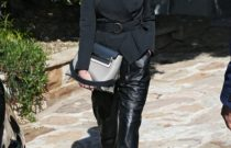 How to wear leather pants?  Street Style Stars give Answers