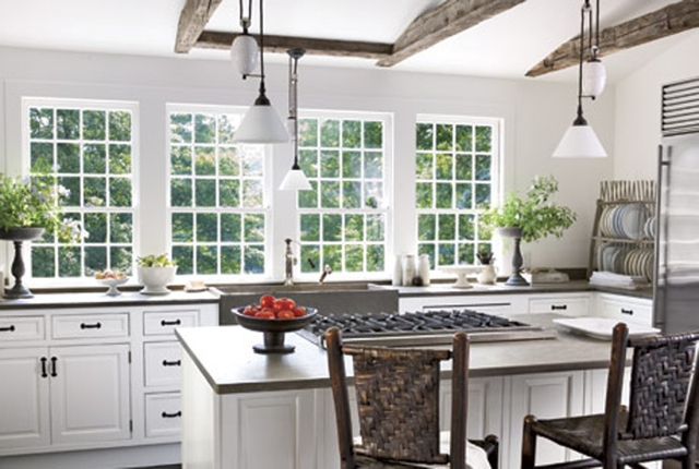 white kitchen traditional cotemporary style