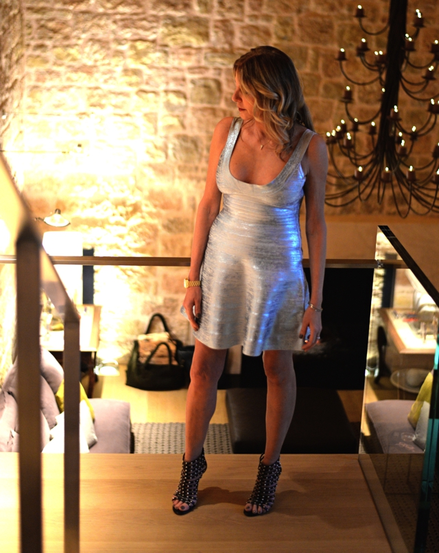 Christmas party look-Nina Papaioannou Silver Herver leger metallic dress00