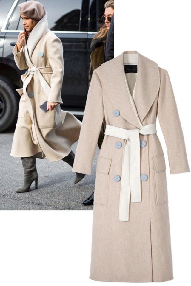 Miroslava Duma wore a Derek Lam coat