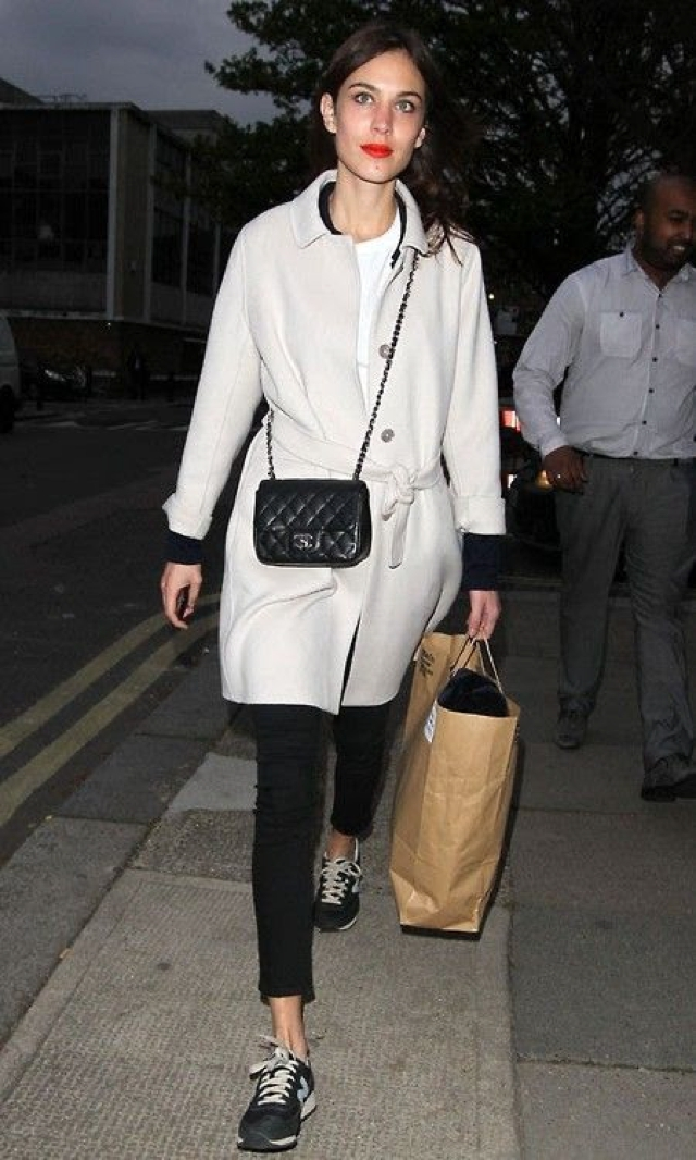 Alexa Chung black and white outfit
