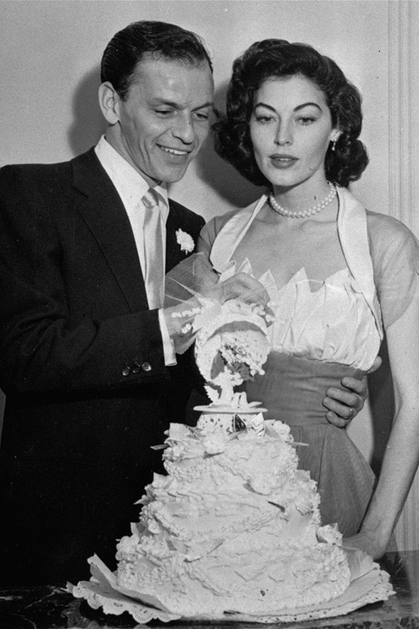 Ava Gardner wedding cake Frank Sinatra