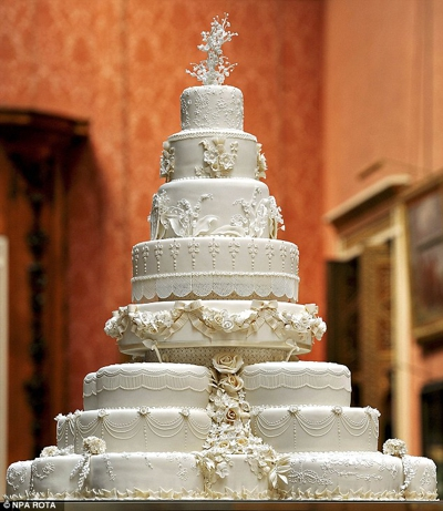 Kate and William's eight-tiered wedding cake was created by Fiona Cairns