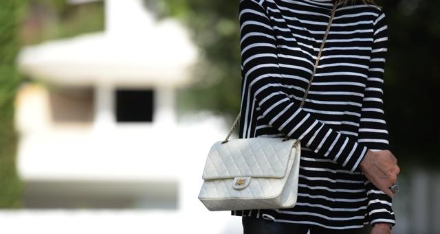 Chanel 2.55 white reissue pre-loved