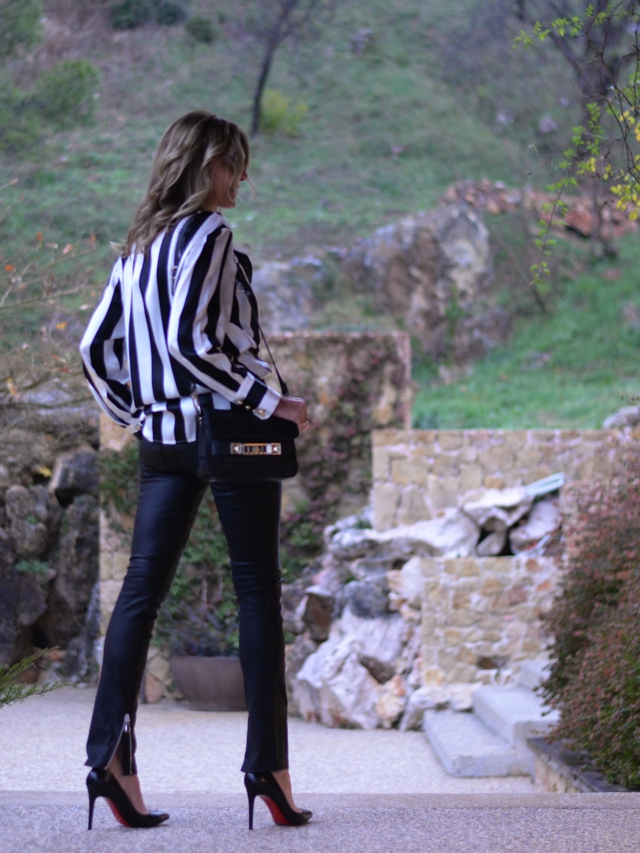 Trend Survivor black and white stripes top leather pants Louboutin03