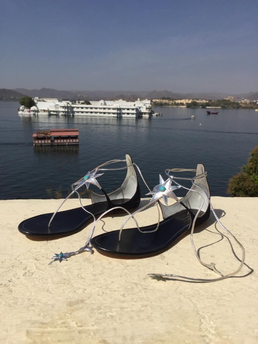 Aquazzura X Poppy Delevigne star flat sandals00