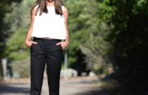 How to style tailored black trousers ? Classic with a Twist