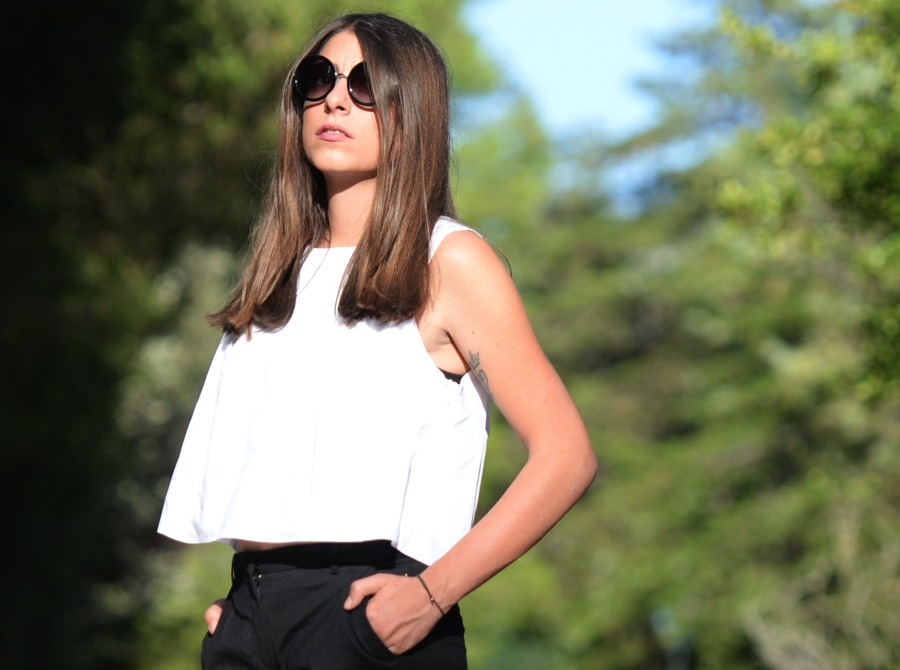 white cropped top street style