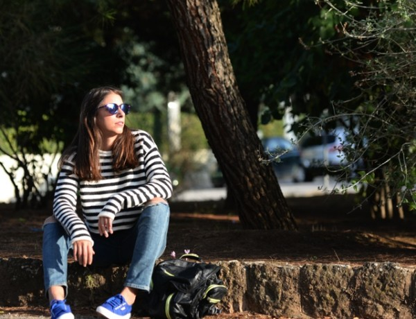 Effortless Casual Chic Striped Sweater Street Style10