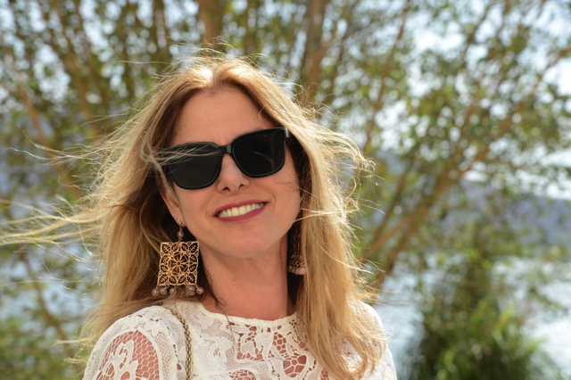 White lace blouse Celine Flat wayfarer sunglasses TrendSurvivor earrings Vicoria and Albert Museum