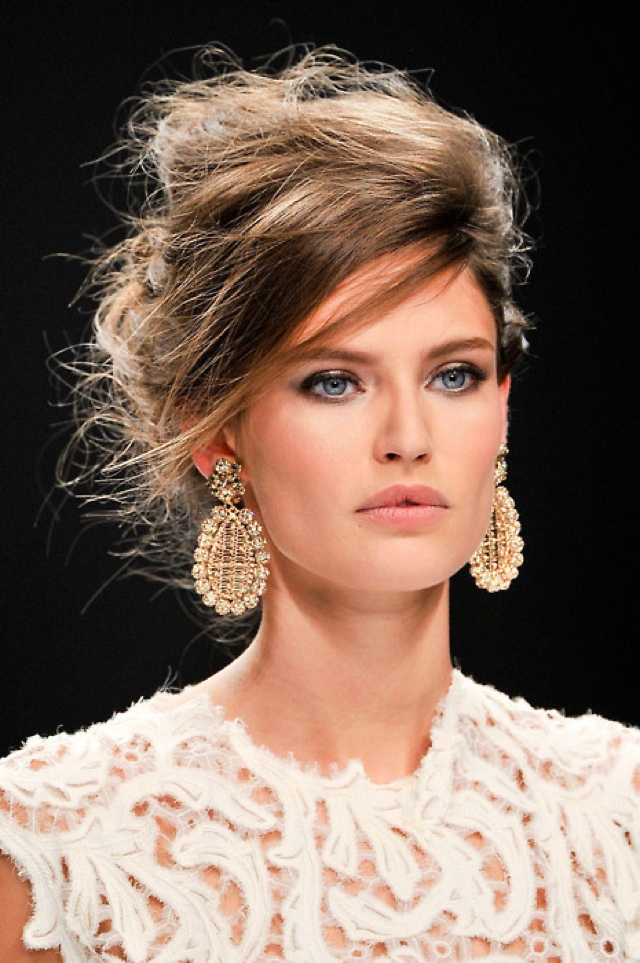 How To Wear Statement Earrings with Style?Hair updo