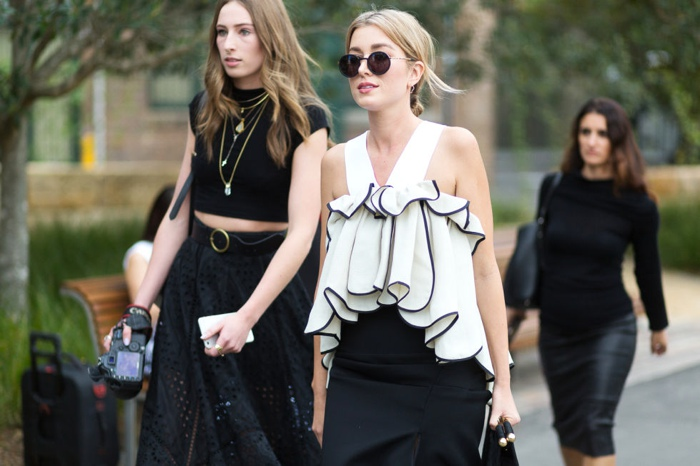 Australia Fashion week black and white street style