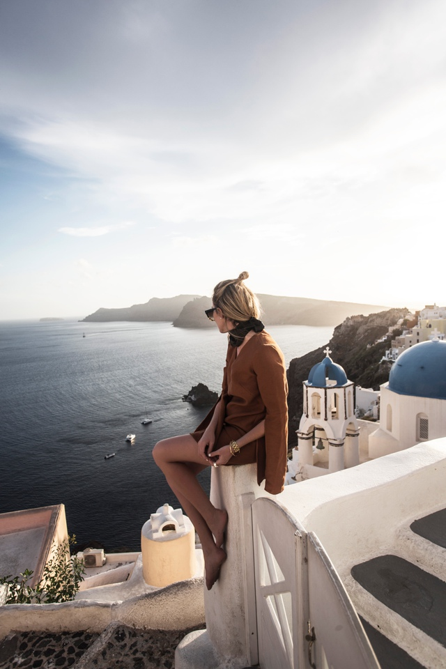 Oia-Sunset-Santorini-Amana-Shadforth-Oracle-Fox