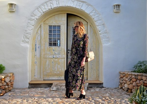 Boho Chic Floral Print dress black midi06