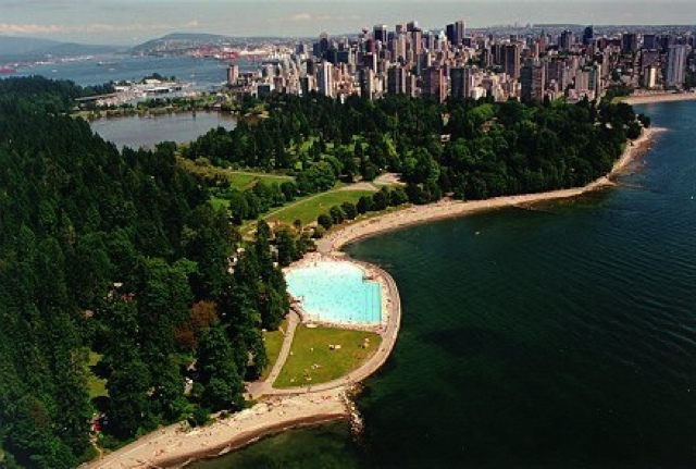 Second-beach-pool-Stanley-Park-Vancouver-cycling-routes1