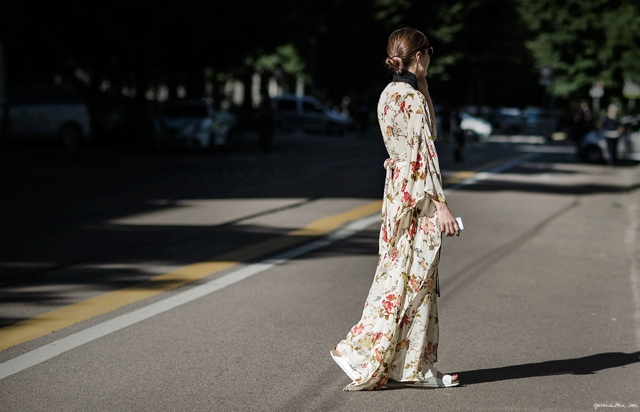 long maxi floral dress street style, Flower Print Power how to wear florals