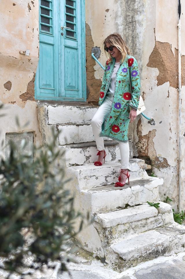 Naoussa Paros street style