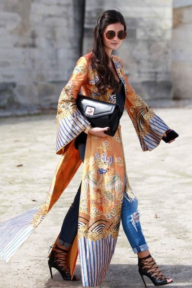 How to wear a silk robe coat in a stylish way street style ...