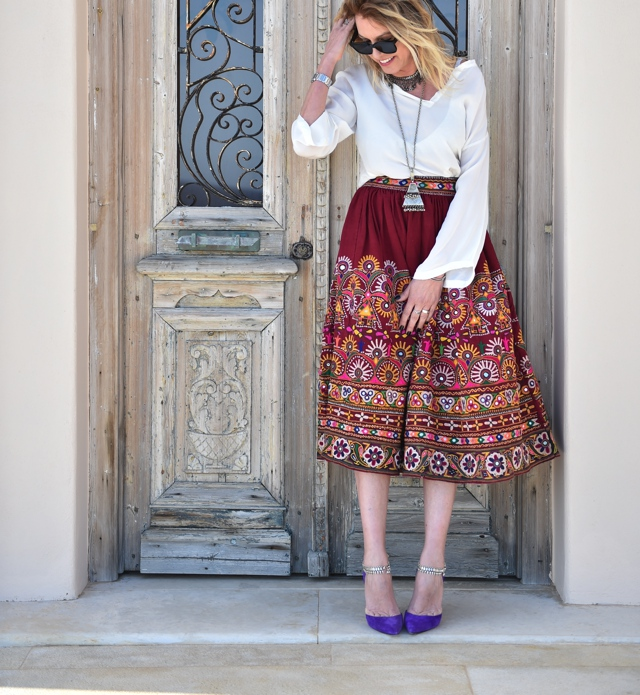 embroidered-midi-skirt-manolo-blahnik-pumps Nina Papaioannou