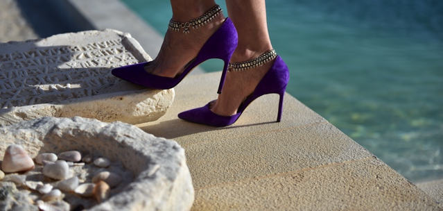 Manolo Blahnik BB pumps with ankle bracelets suede purple