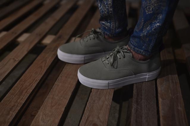 Eytys suede grey street style TrendSurvivor