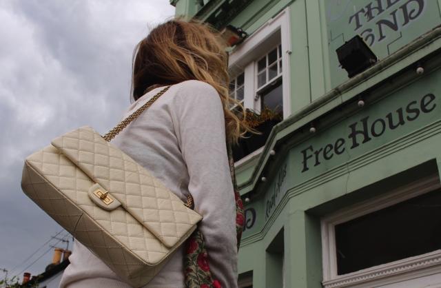 Chanel 2.55 street style Trendsurvivor Nina Papaioannou