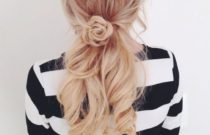 Easy Hairstyles Ideas The Rose braid (Video)