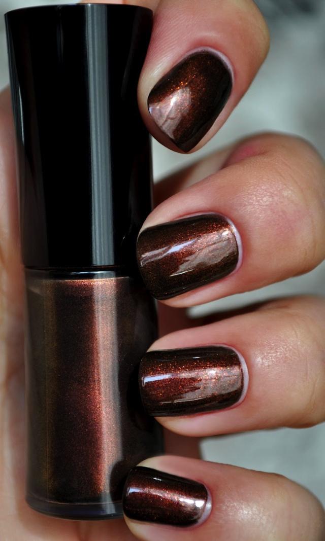 festive-nail-polish01
