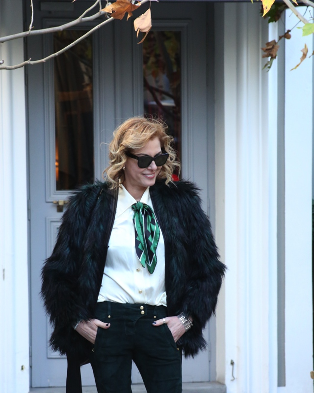 faux-green-fur-coat-street-style08