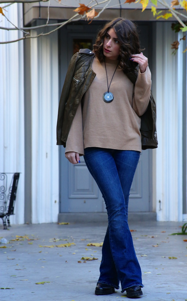 eathy tones winter outfit street style10