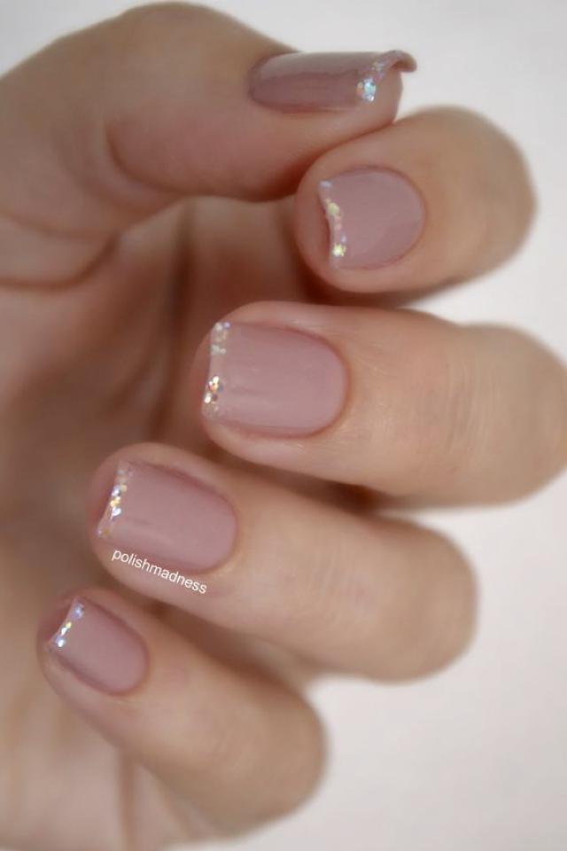 glitter details nails
