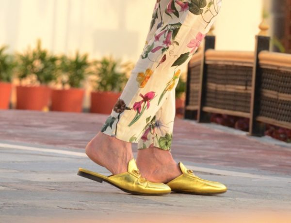 Floral pants Gucci loafers02