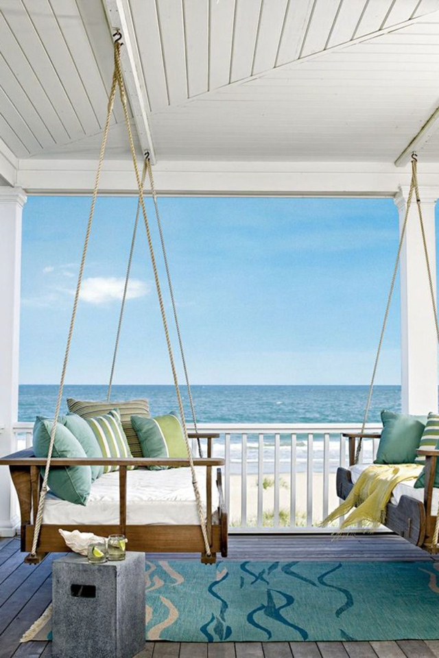 Home decor ideas hanging daybeds sofas and swings for How to decorate a beach house