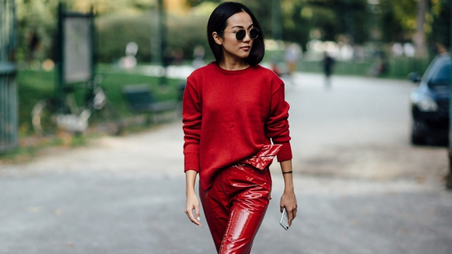 4d13f03f9fdb Street style from the Milan Spring -Summer 2018. red red red trends to wear