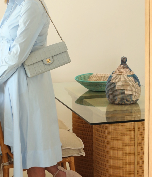 COS shirtdress Chanel baby blue bag Trendsurvivor Nina Papaioannou01