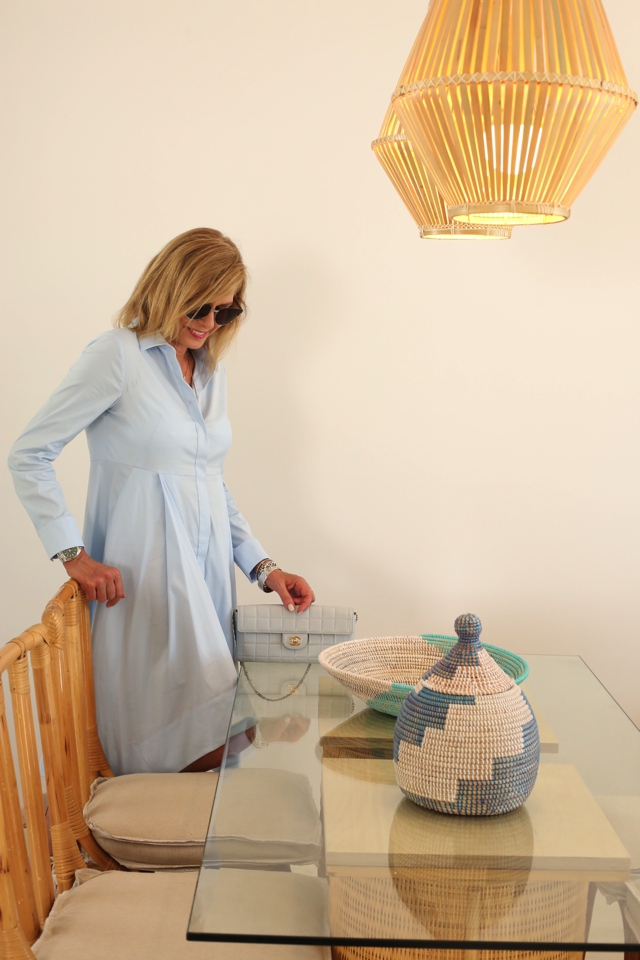 COS shirtdress Chanel baby blue bag Trendsurvivor Nina Papaioannou04