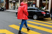 How to wear a puffer jacket?