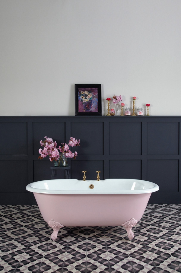 Styling blush pink home decor03 bath
