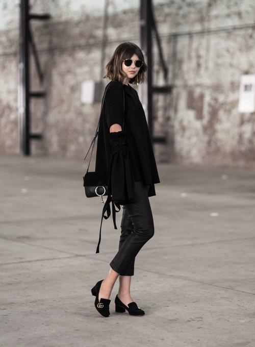 gucci block heel total black