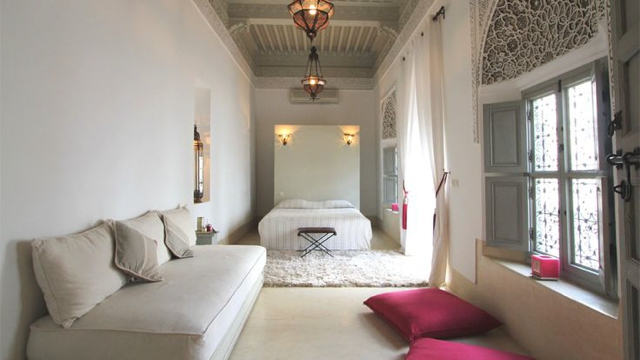 Riad Idoine bedroom