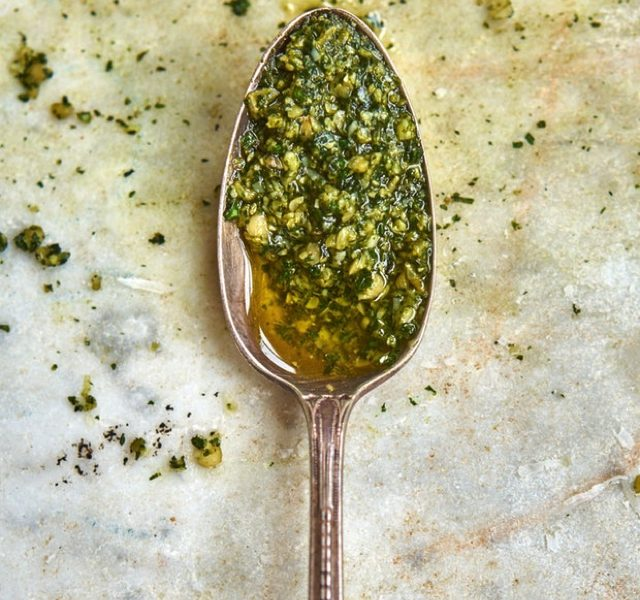 Secrets for the perfect Italian Pesto01