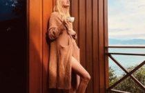 Supermodel's Caroline Trentini Food for Skin